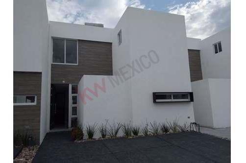 Bonita Casa Nueva En Renta En Corregidora, Residencial La Vida Ignis