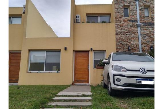 Duplex 3 Ambientes En Condominio Los Robles