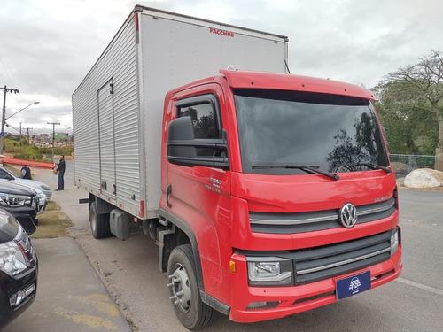 Imagem 1 de 14 de Volkswagen 1180 11 180 4x2 Baú 6,20m