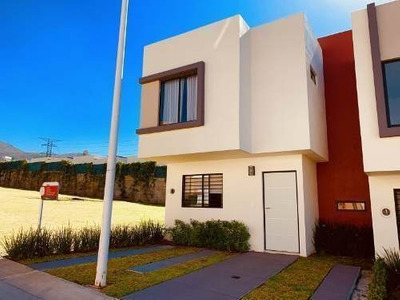 Casa Nueva Moderna Amplia, Fracc. Vistas Sur