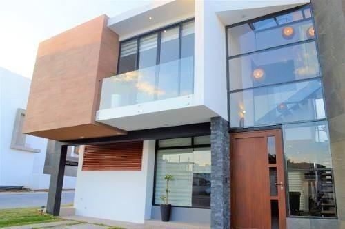Hermosa Residencia En Bio Grand, Roof Garden, 3 Recámaras, Estudio, Alberca..