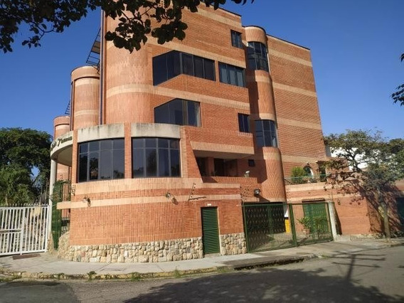 Townhouse En Venta En El Bosque 20-4357 Ac