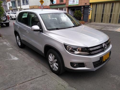 Volkswagen Tiguan Trend & Fun 2.0 Plata 5 Puertas
