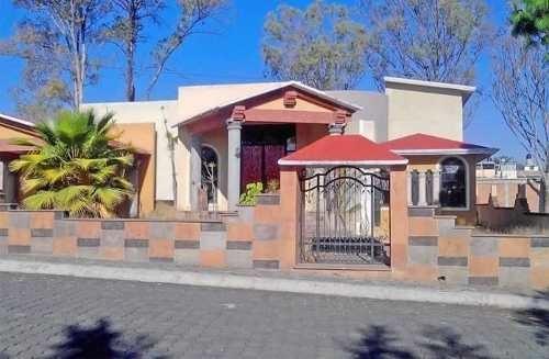 Erandeni, Casa Venta, Tarimbaro, Michoacan.