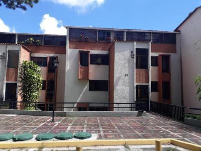 Apartamento En Venta Rosalito Caracas Edf 17-13963