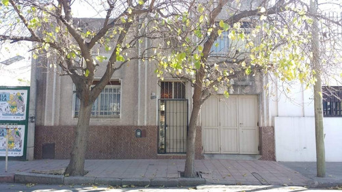 Venta Casa B° San Vicente, Calle Carlos Tejedor