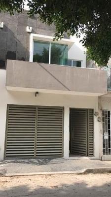 Casa En Venta En Bo. Hidalgo