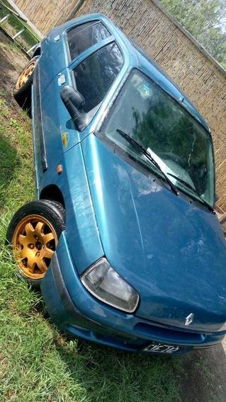 Renault Clio 1998 1.6 Rl