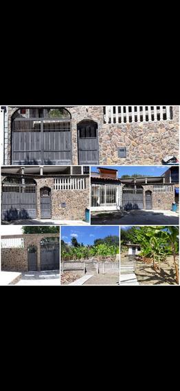 Town House De 5 Ambientes