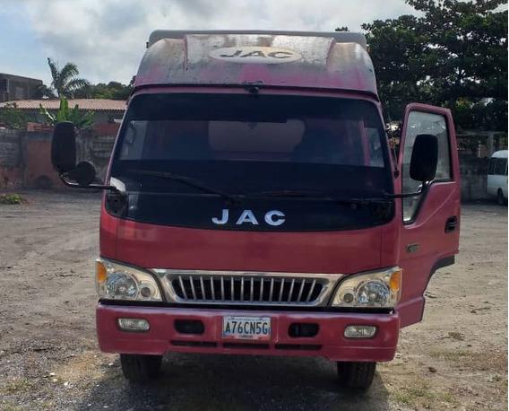 Camión Jac Cava