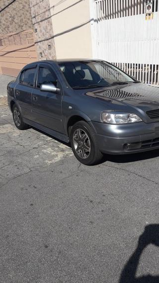 Astra Sedan Millenium 1.8 Mpfi Gasolina 2001/2001 Muito Novo