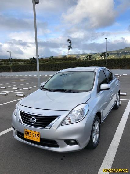 Nissan Versa 1.6 At