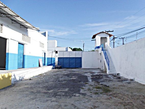 Aluguel Galpão 3 Salas, 3 Banheiros, Área De Serviço
