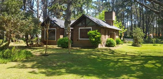 Vendo Casa En Costa Del Este 3 Ambientes 2 Baños