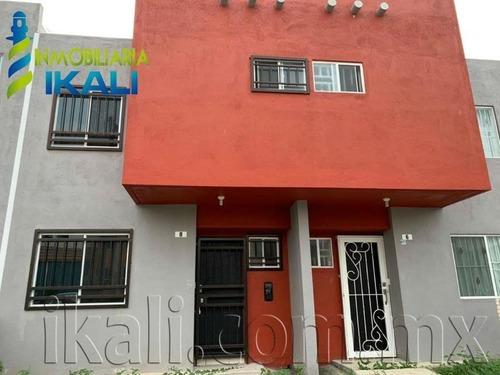 Casa Sola En Renta Fraccionamiento Kana