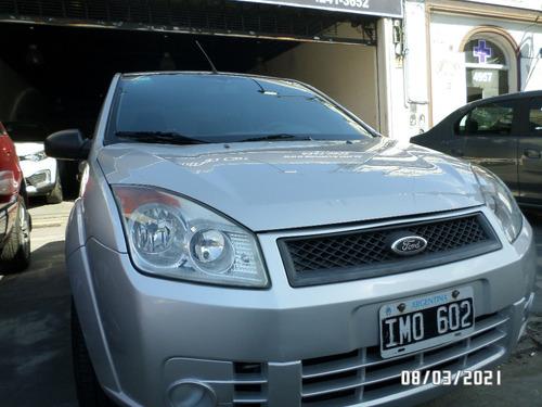 Ford Fiesta Max 1.4 4p Ambiente Tdci 2009