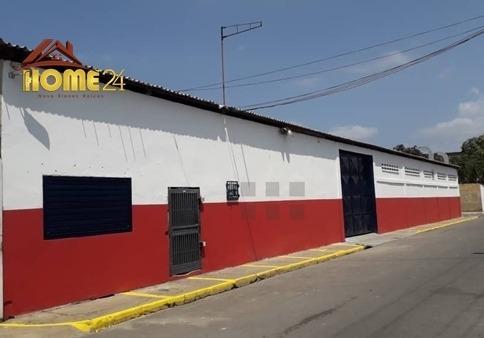 En Venta Galpon Ubicado En Calle Oriente De Barrio Sucre
