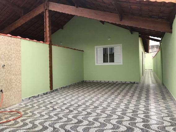 Casa Em Mongaguá A 200 Mts Da Praia 02 Dorms E Churrasqueira