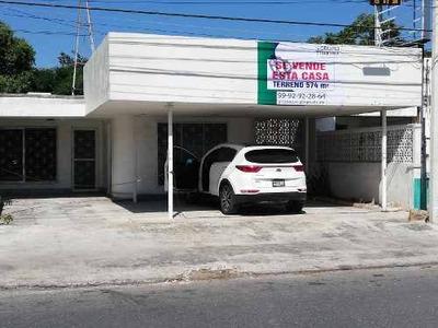 Venta De Casa Con Gran Terreno En La Mejor Zona Comercial De Av. Itzaes