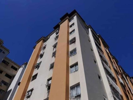 Apartamento En Venta En Valencia Prebo I 20-1 Ys