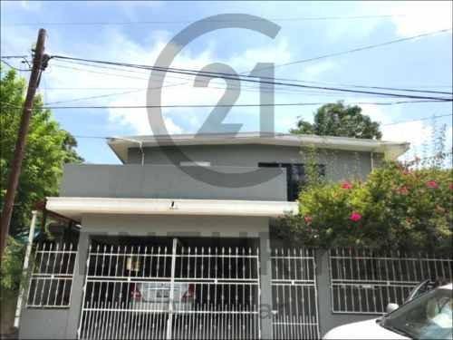 Casa Tradicional De 2 Pisos En Venta, Col. Tampico-altamira, Altamira, Tamaulipas.