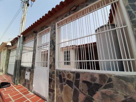 Casa En Venta Palos Grandes Carabobo