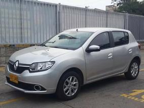 Renault Sandero Dynamique Hatchback