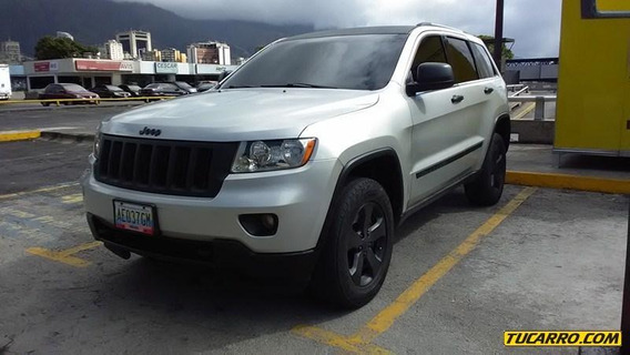 Jeep Grand Cherokee Laredo-secuencial