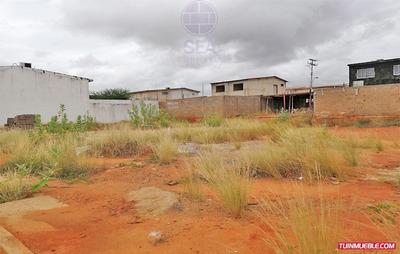 Terreno En Venta En Conj. Res. Villa Caroní, Sector El Tiamo