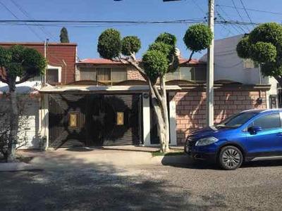 Renta De Casa Céntrica En Querétaro