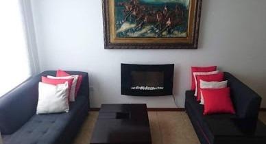 Hermosa Casa De Venta Al Norte De Quito