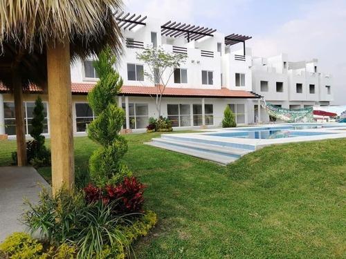 Casa 3 Recamaras Con Alberca Crédito Infonavit Y Fovissste