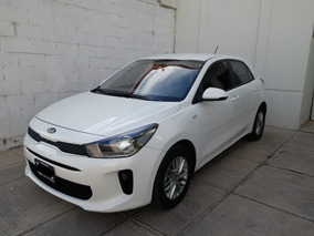 Impecable Kia Rio Hatch Back