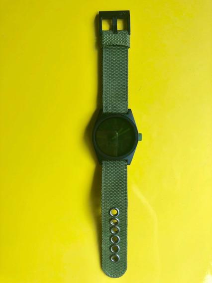 Relógio Neff Daily Verde Militar Com Preto