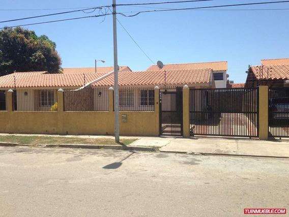 Playa El Angel Casa En Alquiler 3h/2b/2e