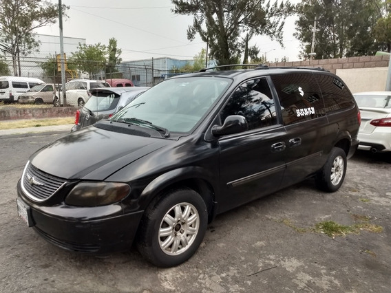 Chrysler Town & Country 3.8 Lx Mt 2004
