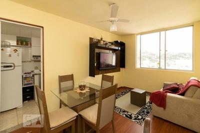 Apartamento No 16º Andar Mobiliado Com 2 Dormitórios E 1 Garagem - Id: 892932620 - 232620