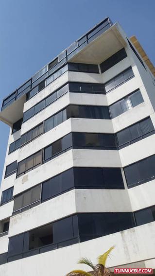 Apartamento En Venta Caraballeda Rompemar Av-cll013
