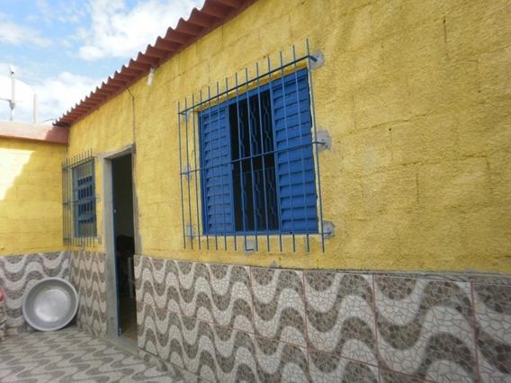 Casa De 2 Qts. Em Lote 360 M², Esmeraldas. - 588