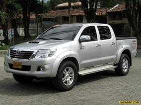 Toyota Hilux Srv Mt 3000cc Td 4x4 Aa 2ab Abs