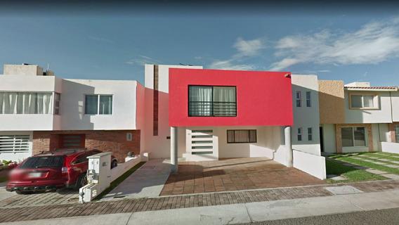 Casa Av Mirador De Las Palmas Cerca Plaza Altusi Remate Gs W
