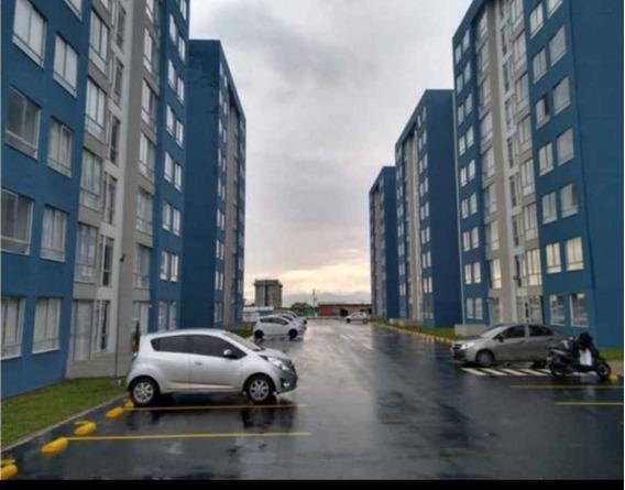 Alquilo Apartamento Como Nuevo En Avenida Condina