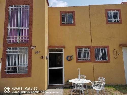 Casa En Fraccionamiento Campestre