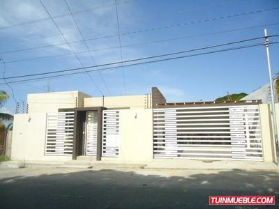 Casas En Venta Barquisimeto El Manzano 18-13768 Zegm