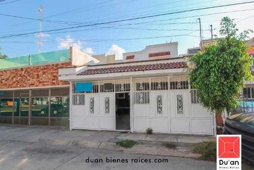 Casa En Venta Por Blvd Hidalgo
