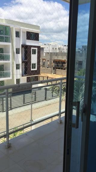 Apartamento En Alquiler En La Av. Ecológica