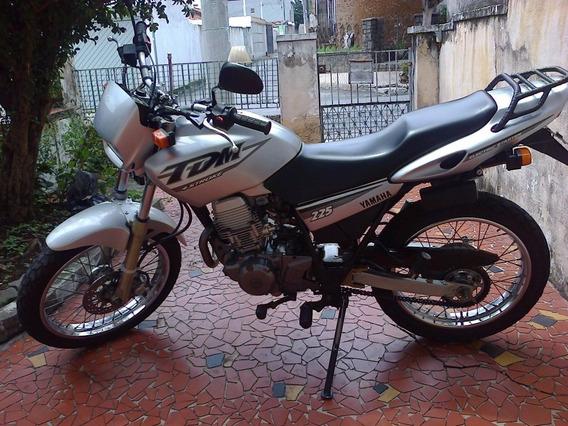 Yamaha Tdm225