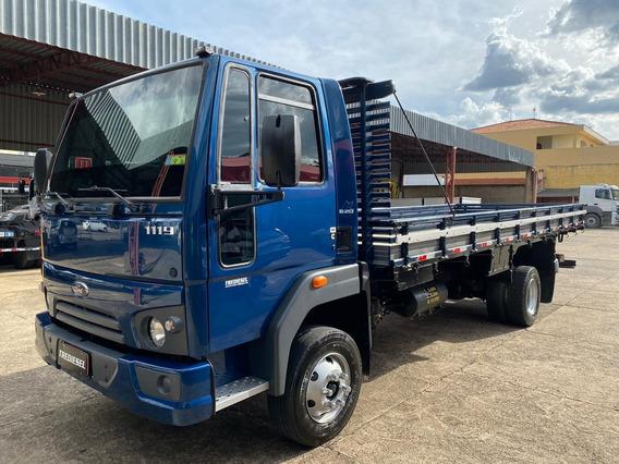 Ford Cargo 1119 Carroceria 2015