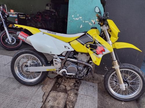 Imagem 1 de 3 de Suzuki Drz400