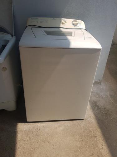 Imagem 1 de 1 de Máquina De Lavar Roupas
